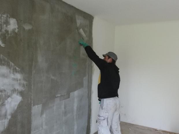 Murværket forstærkes med S&P G-sheets og Resicem (damppermeabel)